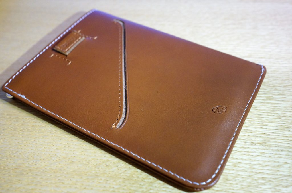 bellroy passport sleeve pull tab