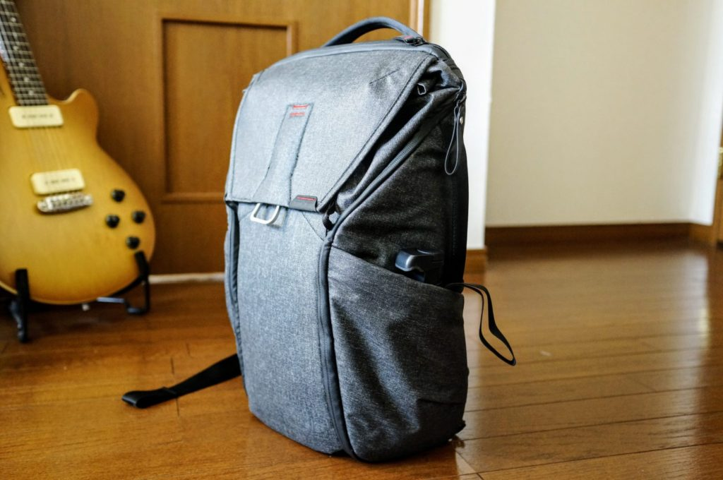 shoulderpod s2 everyday backpack sidepocket