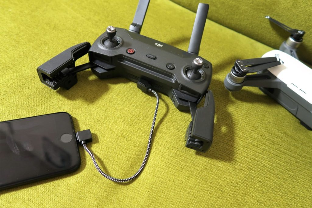 dji spark remote lightning connector